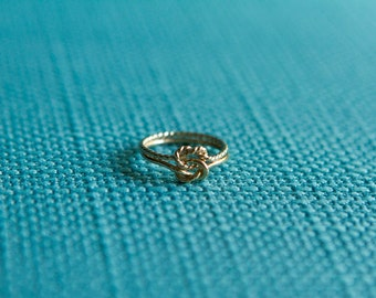Two tone love knot ring, celtic knot, 14kt solid GOLD, rose gold wedding band, 16g, half plain, half twist,