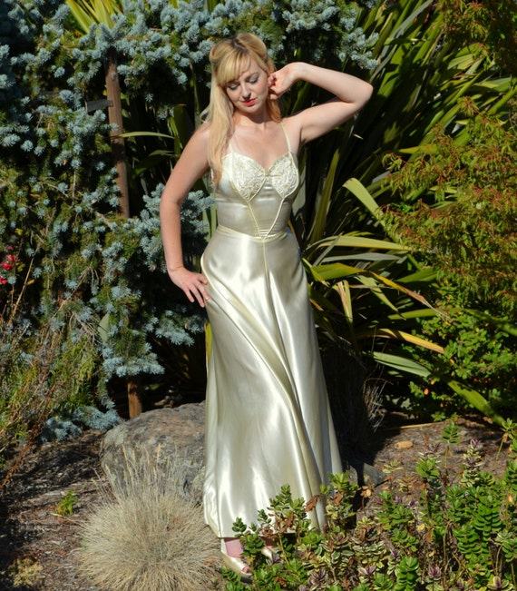 Vintage Wedding Dresses Etsy: Your Place To Buy And Sell All Things Handmade