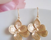 STORE CLOSING SALE Simple Gold Magnolia Flower Earrings