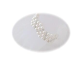 Bridal Jewelry Wedding Bracelet Cuff Bracelet Wedding Jewelry Pearl and Rhinestone Bracelet