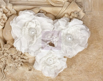 "NEW: ""Paquita"" White 567255 Chiffon lace fabric flowers with Green leaves"