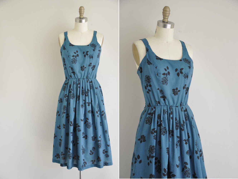 r e s e r v e d...vintage 1970s dress / 1970s summer strap