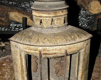 Vintage Antique Lantern / Railroad / Boat / Carriage / Traffic / Lamp / Light  / Signal