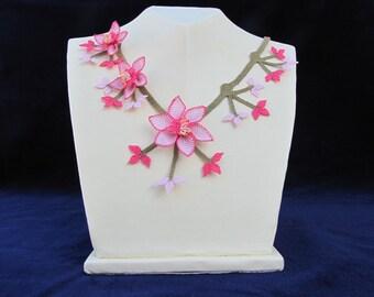 Pink Crochet Flowers necklace