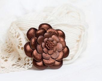 Brown bronze leather flower brooch
