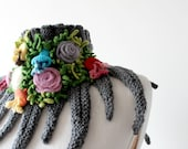 Gray Wool Neckwarmer with Flowers