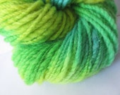 Handspun Yarn / Hand Spun Hand Dyed Yarn / Hand Spun Variegated Yarn / Handspun Wool Yarn / Hand Spun Medium Weight Yarn / Hand Spun Yarn - FiberCreationStudio