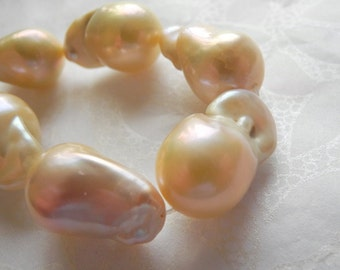 Light Peach Pink Freshwater Pearl Baroque Nucleated Flameball Natural Color Huge AAA 24mm 16mm