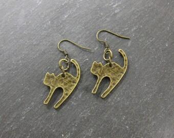CLOSING SALE Scaredy Cat Brass Earrings Feline Dangle Drop