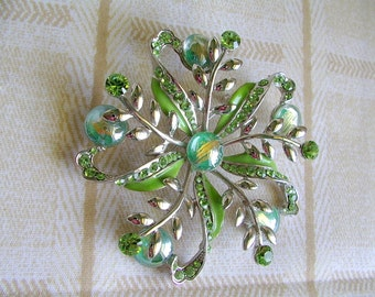 ENAMEL RHINESTONE Flower pin / BROOCH 1960s 1970s Hollywood