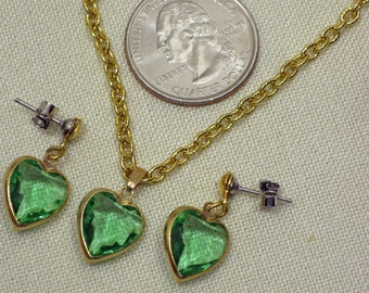 Green  Faceted Glass Heart Pendant  and Earrings  1960s  NEW OLD STOCK  cSc 341