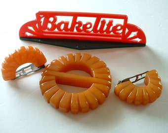 Vintage Butterscotch Bakelite Heavy Carved Buckle & Pair of Fur Dress Clips SET Chunky Bakelite Original