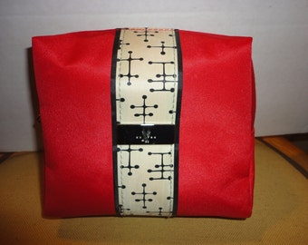 Cosmetic Travel Retro Red Bag Eames Dot Pattern for American Airlines Free shipping