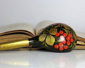 Beautiful vintage Russian hand painted spoon, made in USSR