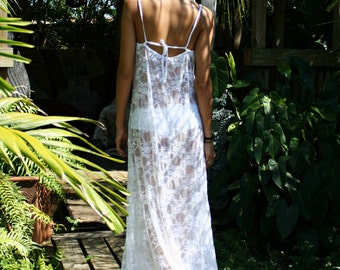 White Lace Convertible Bridal Nightgown Wedding Lingerie Trousseau Sleepwear Strapless Halter Spaghetti Strap Cascade Gown Honeymoon