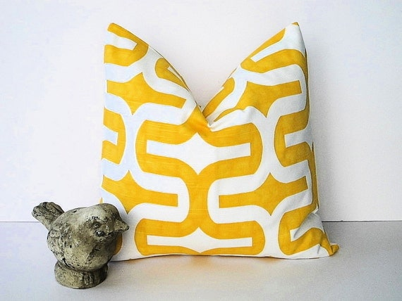 Items similar to YELLOW Decorative Throw Pillow Cover ONE 18 inch Corn on White Slub Pillow ...