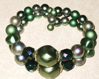 Vintage Green Bead Bracelet