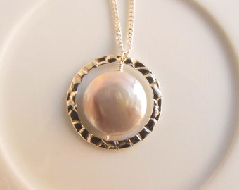 Feshwater Coin Pearl Sterling Silver Circle Pendant Necklace, Eternity Necklace, Good Karma Necklace