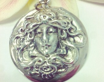 Meduza Mythology Sterling Silver 925 Pendant
