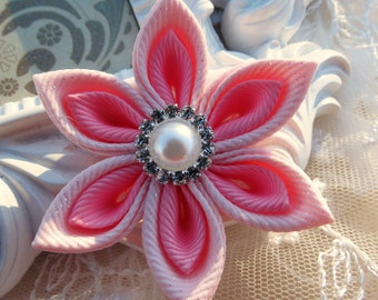 Girls Hair Clip Kanzashi Flower Pointed Petals Combination of Light Pink and Pink Flower Hair clip