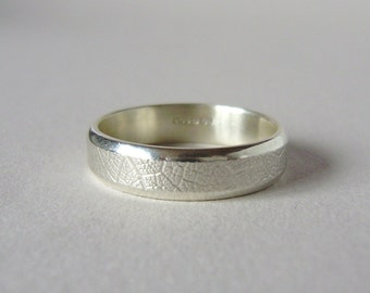Sterling silver hand forged 5mm leaf texture ring