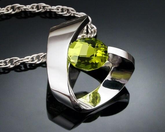 peridot necklace - August birthstone - gemstone jewelry - Argentium silver pendant - green - designer jewelry - 3442