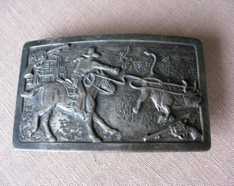 "Keyston Old West  Cowboy Silver Plate Belt Buckle  2"" x 3 1/4""  inches  Steer Roping COWBOY with Guns"