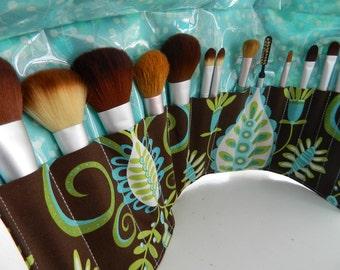 """Deluxe Makeup Brush Roll-up in Michael Miller's """"Whimsy Doozie"""""""