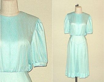 SALE - Vintage 70s dress MINT turquoise cotton flower short sleeve - M/L