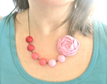 Pink Ombre flower beaded statement necklace