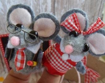 Valentine Mouse Finger Puppets / Teacher/ School