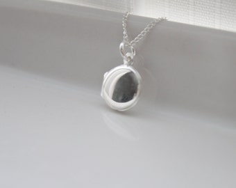 Silver locket, locket necklace,  minimal necklace, keepsake, round, tiny locket, wedding, bridal, mother, friend, trending