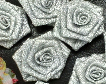 30  Pieces  32 mm   Handmade Silver Metallic Ribbon Rose Flowers. Gret for Brooch, Hair Accessory,  Home Decor