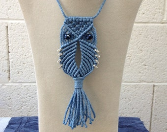 Macrame Owl Necklace (blue)