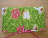 Beautiful Green and Pink Fabric Carrier Bag for Blythe or Barbie Dolls
