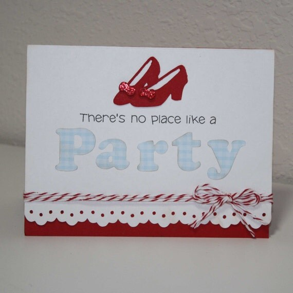 Wizard of Oz invitations - Dorothy birthday party / ruby slippers / Set of 12