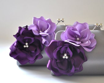 Set of 2  Bridesmaid clutches / Wedding clutches  - Custom Color