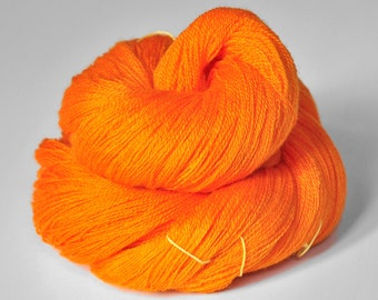 Exploding orange - Merino/Silk/Cashmere Fine Lace Yarn