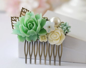 Green Ivory Flowers Collage Hair Comb. Green Ivory Flowers Pearl Filigree Leaf Hair Comb. Green Themed Wedding Bridal Hair Comb