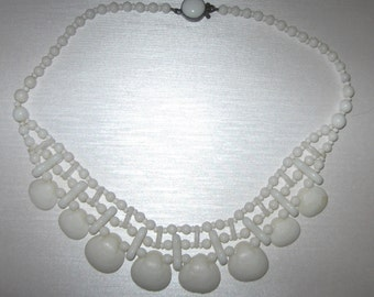 Be Inventive... Vintage 1940s German Milk Glass Bead and Shell Necklace