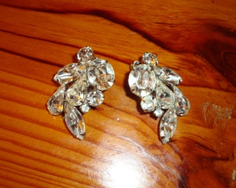 Fiery KRAMER Signed MARQUIS, Tear Drop & Chaton RHINESTONE Vintage Clip Earrings