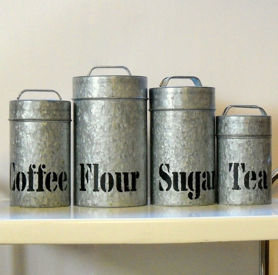 Vintage galvanized metal kitchen canisters vintage vandor 4 for Kitchen set vintage