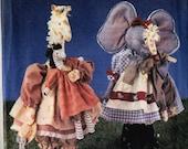 Simplicity 7925 Daisy Kingdom Elephant, Giraffe, Zebra Stuffed Animals Sewing Pattern
