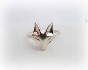 Fox Ring in Sterling Silver - Tiny Fox Face Stacking Ring - Fox Ring - Silver Fox Ring - Fox Stacking Ring - Fox Head Ring - Fox Jewelry