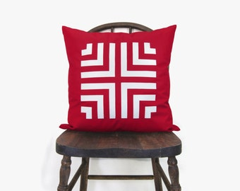 18x18 red Aztec pillow cover - Outdoor Patio decor - Geometric chevron accent pillow cover in red and white - Outdoor cushion cover