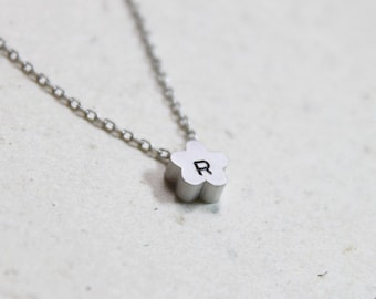 Personalized initial flower Necklace - S2168 -3