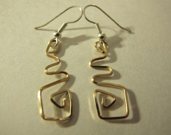 Earrings gold wire wrapped abstract geometric, wire wrapped jewelry, gold jewelry, wire wrapped earrings