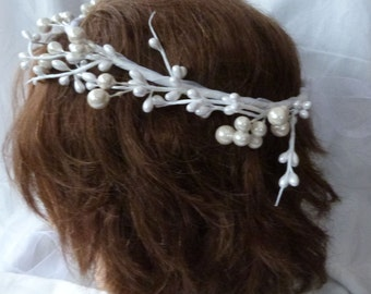 White pearl berry seed bead head wreath Wedding hair accessories flower girl halo bridal headpiece white pearl halo  bridal halo