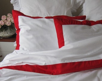 White bedding pillow cases with red border on top - Modern Nautical queen Bedding set