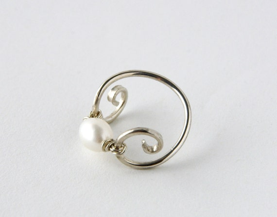Bohemian Fresh Water Pearl Silver Spiral Ring, Gypsy Wedding Ring, Elven Evish Silver Band, Boho Shabby Chic, Size 9 Ring